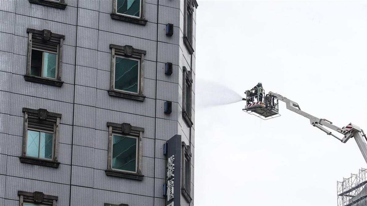 恐怖起火點曝!錢櫃嚴重大火5死 電梯工人狂喊冤