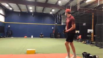 19歲左投飆超狂164km火球 網友替捕手捏冷汗