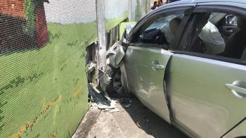 21歲男迪化街遭打死 4男2女逃逸撞車被逮