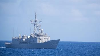 隱匿疫情?海軍入境全勾無發燒 國防部要查