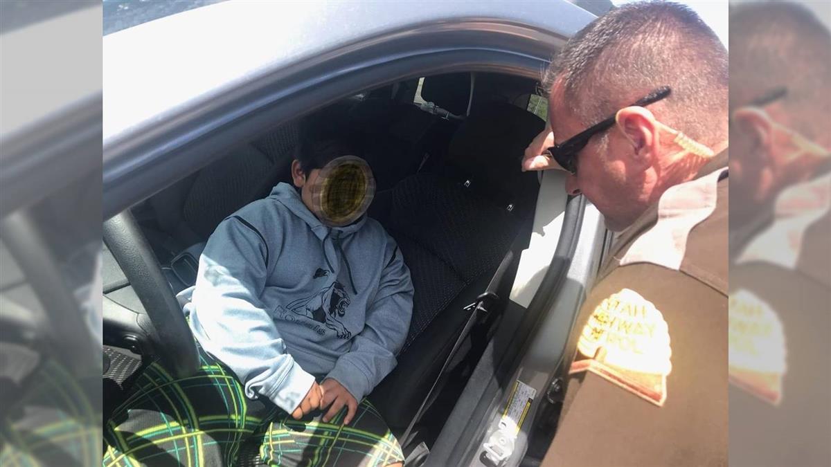 5歲童開車遭攔 只帶90元要去買藍寶堅尼