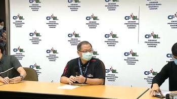 中職拚周五開放千人入場 紐時讚:台灣防疫成功象徵