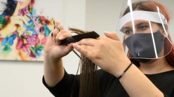 疫情後的世界:剪頭髮的全新體驗