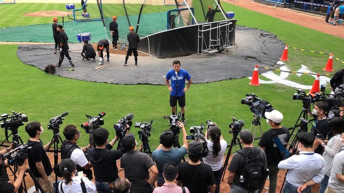中職球迷入場吸200外媒採訪!日本人好羨慕