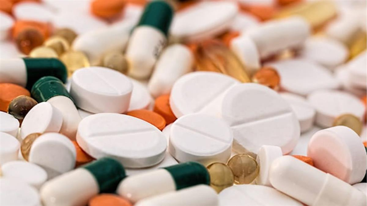 吃止痛藥過敏!15歲弟全身冒水泡送醫不治