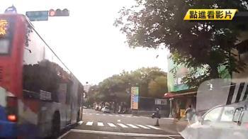 公車連闖4紅燈!Uber司機投訴遭客服嗆:怎樣