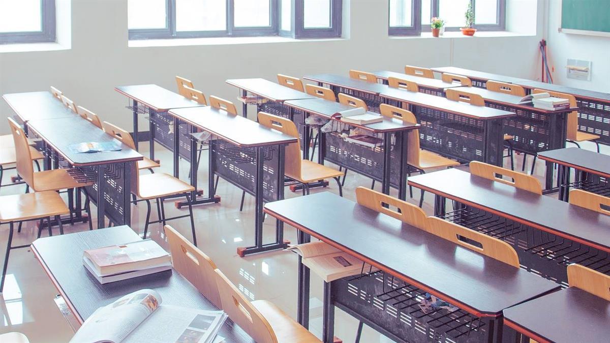 韓國夜店群聚感染至少94例 到校上課又延期