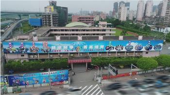 王建民陳金鋒母校中華高中傳停辦 教局退回申請