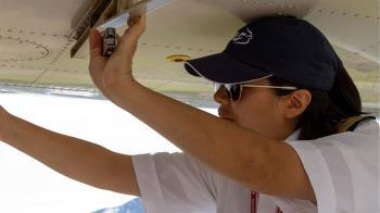 運物資才起飛2分鐘 台裔女機師葬身12m湖底