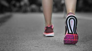你的鞋底經常磨損?小心身體健康拉警報!