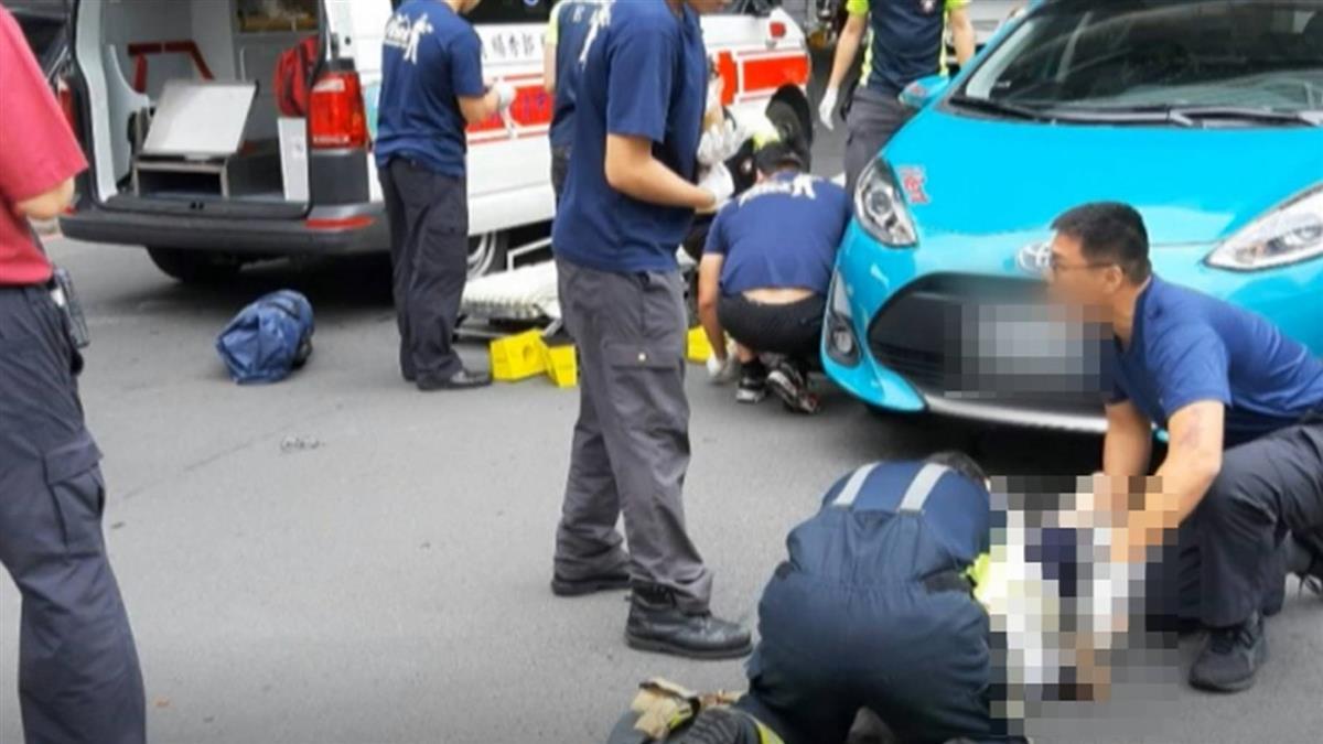 視線死角?半百母子牽手過馬路 遭撞捲車底