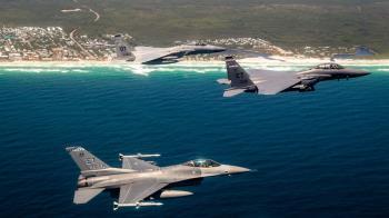 美軍F-35A傳墜機 1週內同一基地摔兩架軍機