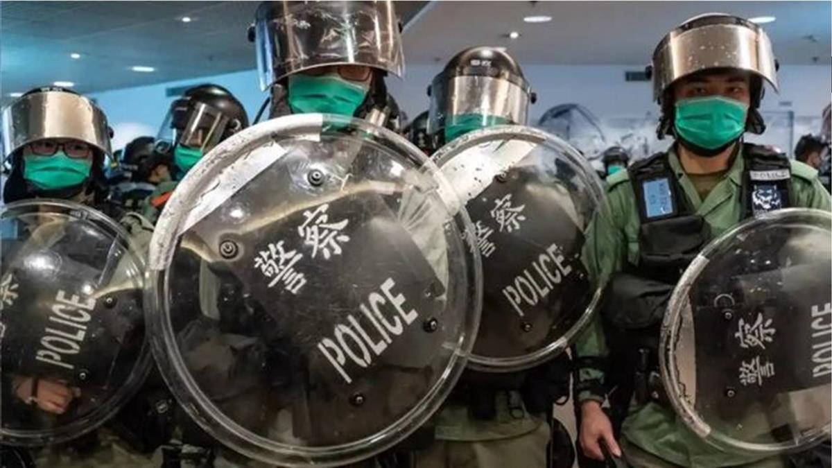 香港《國安法》:中國人大舉動引發各方強烈反響
