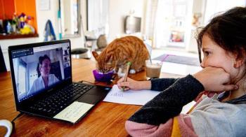 社交媒體火遍全球 Zoom視頻會議為何讓人疲勞