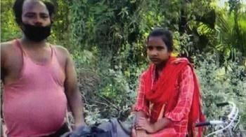 8天騎1126公里!印度少女載傷父返鄉 獲邀國家隊