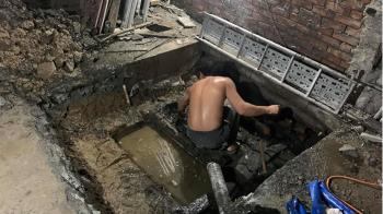 21歲男徒手清化糞池 不怕女友知:不要我沒關係