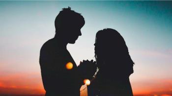 22歲台中妹初嚐異國戀 急匯15萬「警察神舉」秒碎浪漫戀情