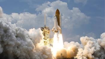 SpaceX飛龍號抵太空站 美太空人展開劃時代任務