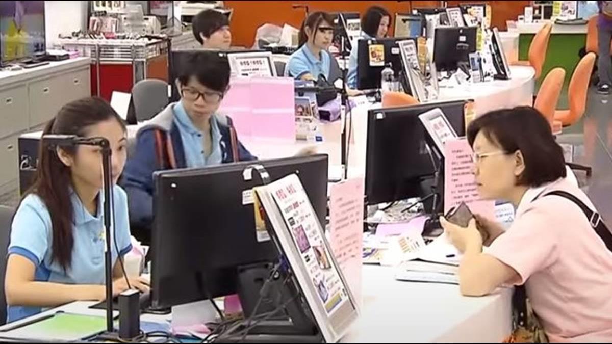 中華電信取得首張執照! 電信5G資費戰開打