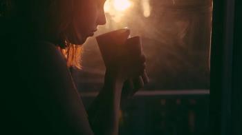 一天灌2杯!18歲少女狂喝奶茶 出大事送醫