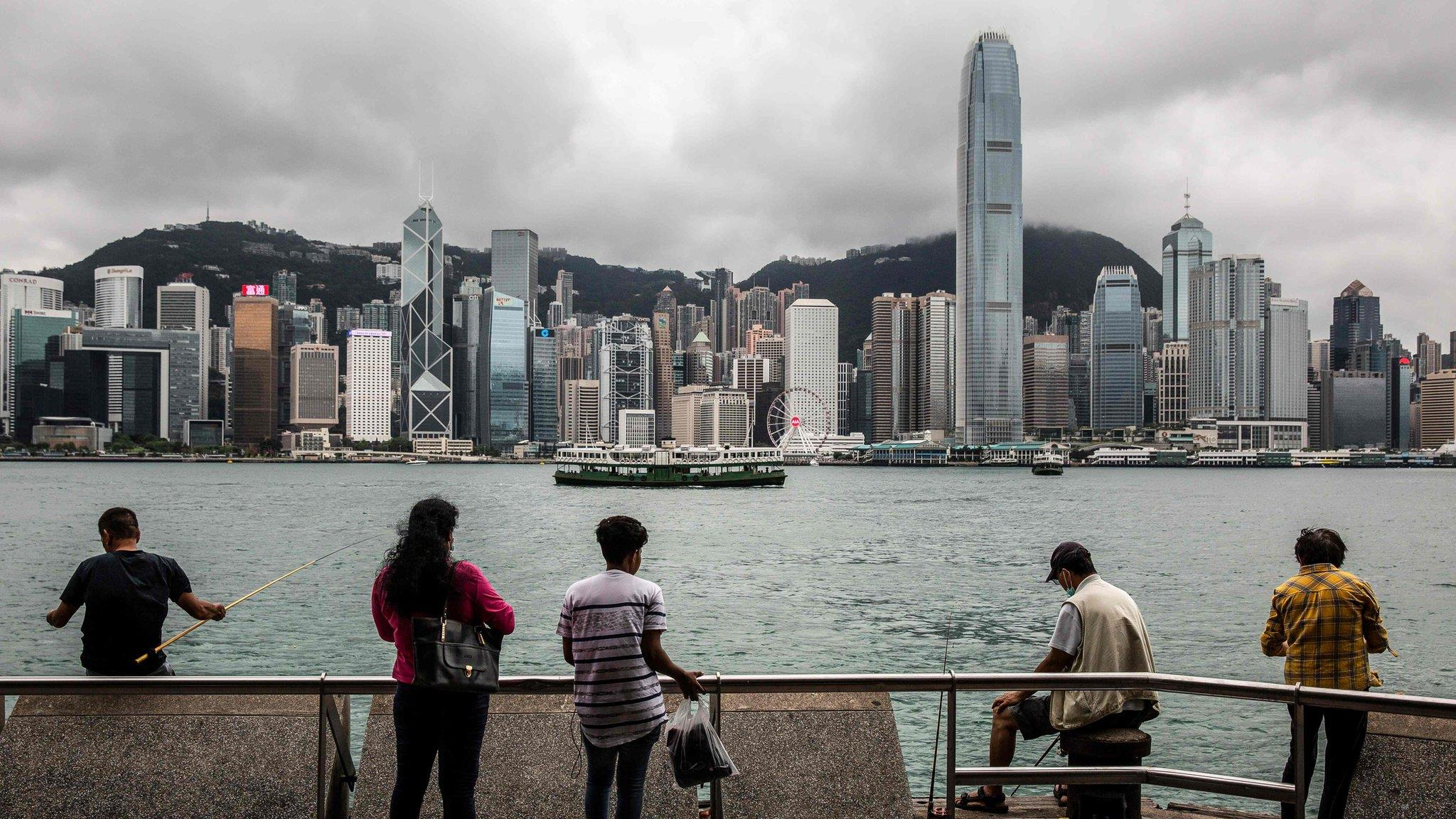香港版國安法:《香港半年報告書》引發英中外交舌戰再起