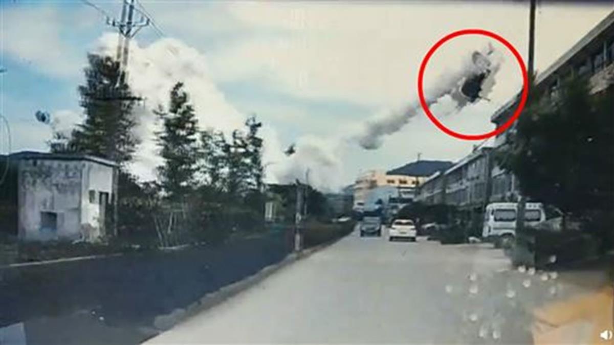 油罐車高速公路爆炸!車炸飛4樓高 至少9死112人傷