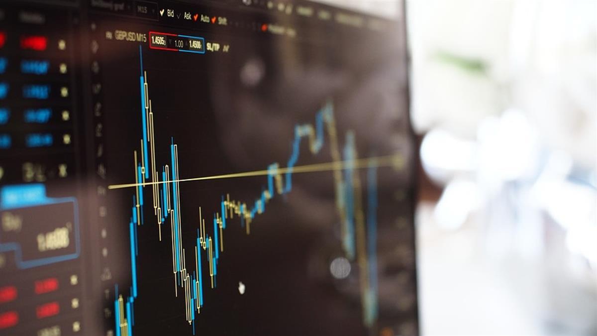 Feb推振興經濟措施!美股收高 道瓊漲526.82點