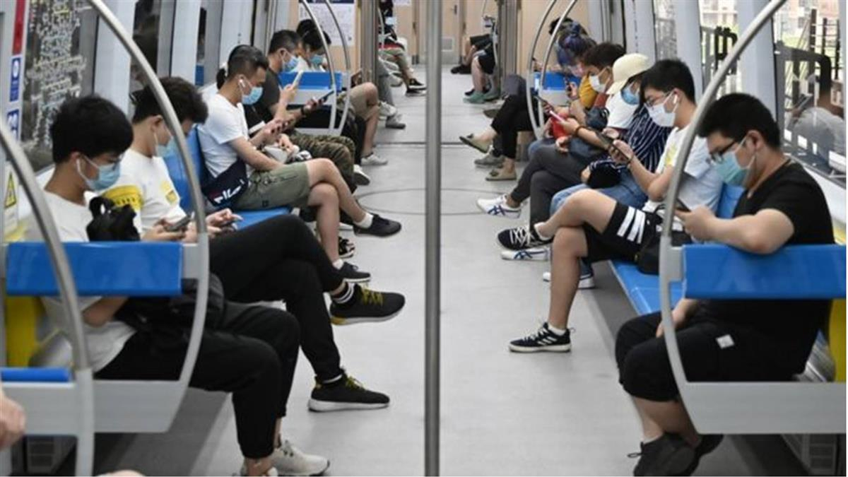 肺炎疫情:北京本地感染數持續增加 重新恢復社區封閉管理