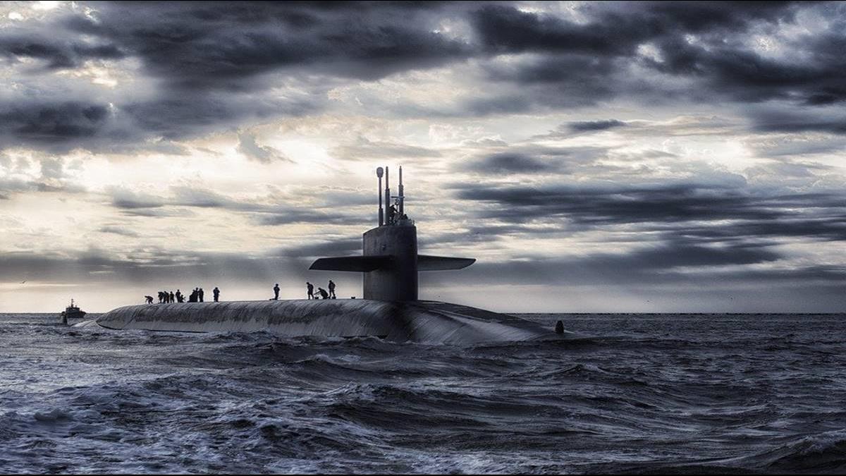 揚言用核武炸美國!北韓新浦造船廠小型潛艇疑現蹤