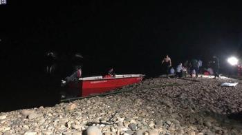 1小學生河邊落水!7同伴下水救 結果變8具屍體
