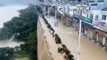 三峽大壩潰堤危機?重慶遇80年最大洪水 官方統計3人亡