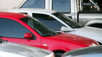 她有車位權狀卻被要求抽籤 管委會:別人想停車!