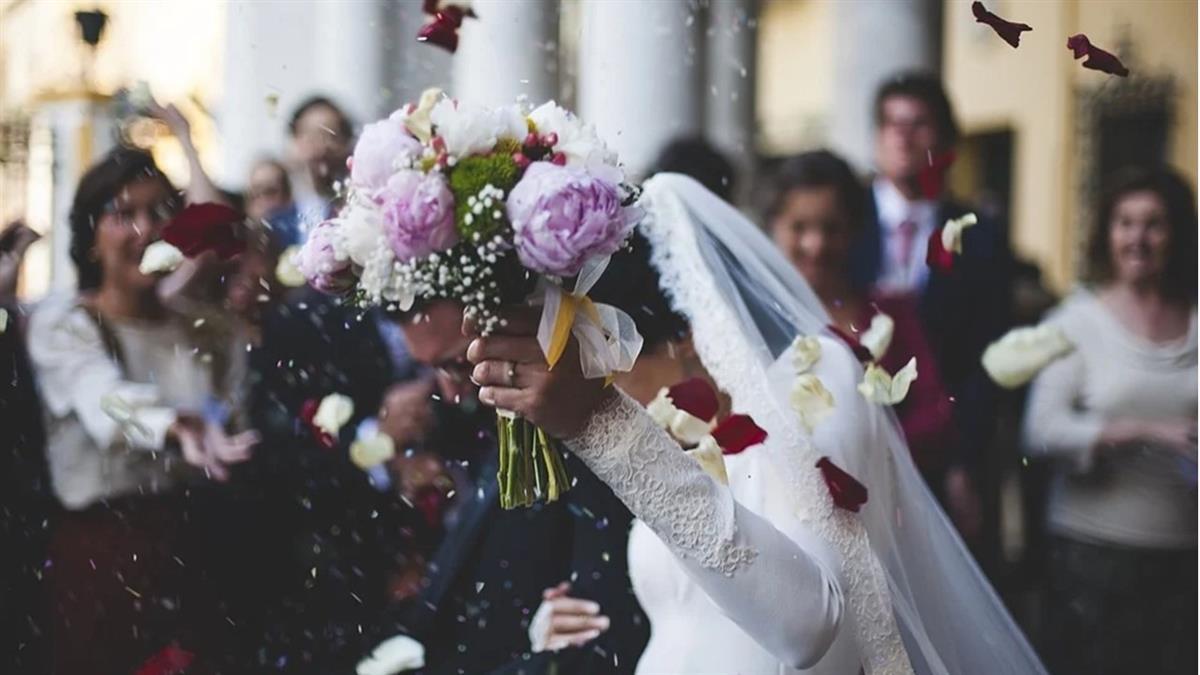 準新娘見「男方賓客名單」爆哭道歉 暫緩婚事原因超鼻酸