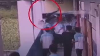 長期被霸凌!國中男怒將同學從4樓扔下 判決出爐