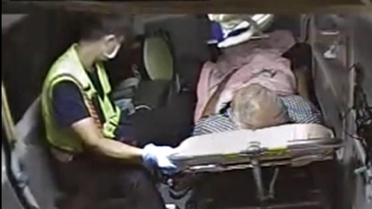 老翁流鼻血搭救護車 家屬嫌開太慢…猛拉方向盤嗆聲