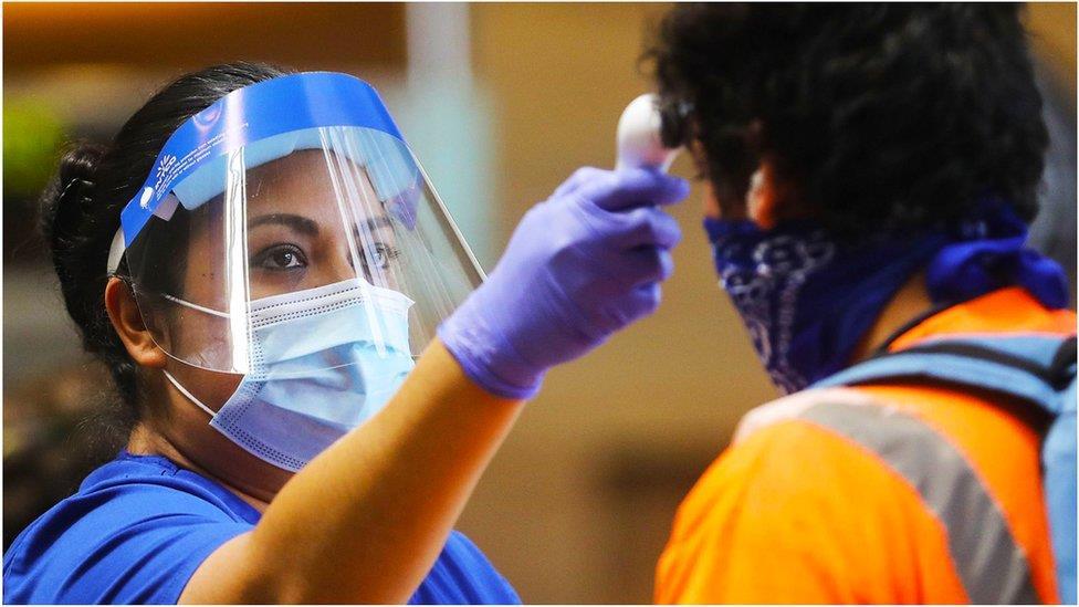 肺炎疫情:全球新冠病毒感染數字升降現況
