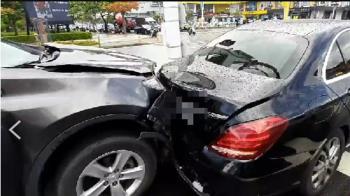 台南安平死亡車禍!休旅車追撞賓士駕駛當場無呼吸心跳