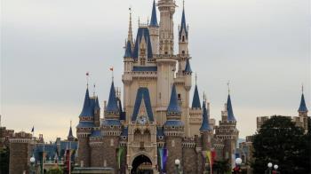 疫情衝擊閉園4月 日本東京迪士尼開園迎客