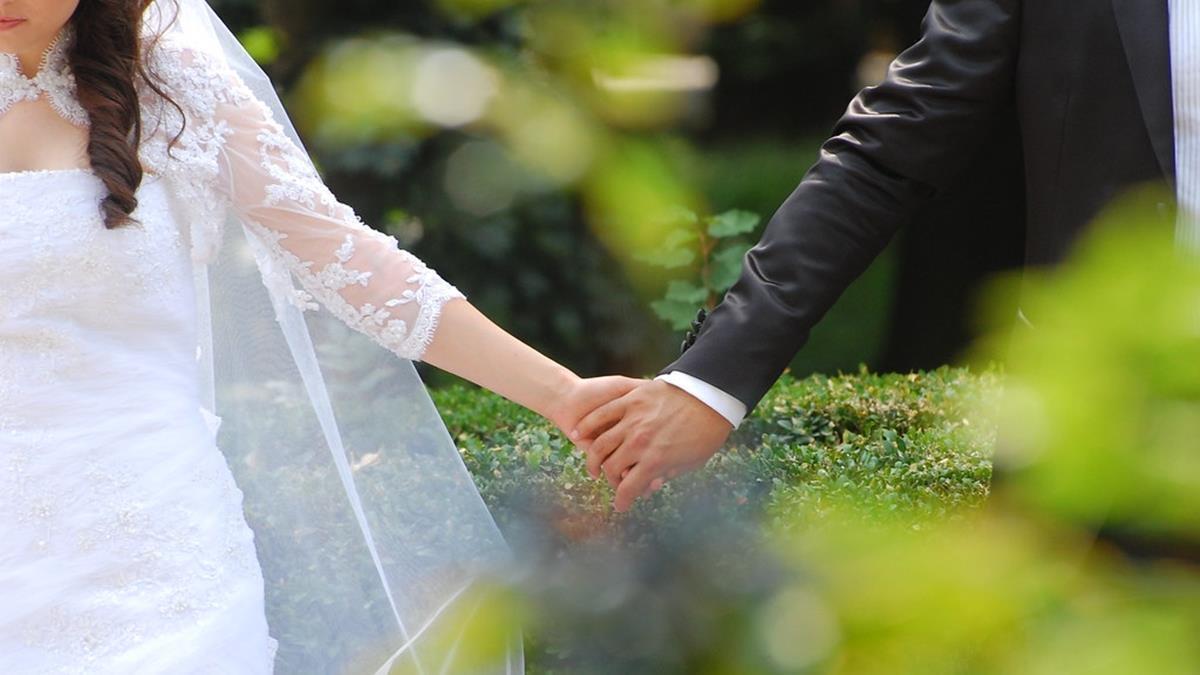 她結婚多年終於圓夢買房! 人生不需大富大貴 能相互扶持就是幸福