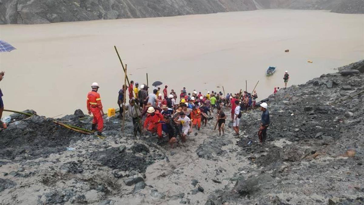 緬甸玉礦山崩驚悚畫面曝 70公尺高泥石流活埋200工人