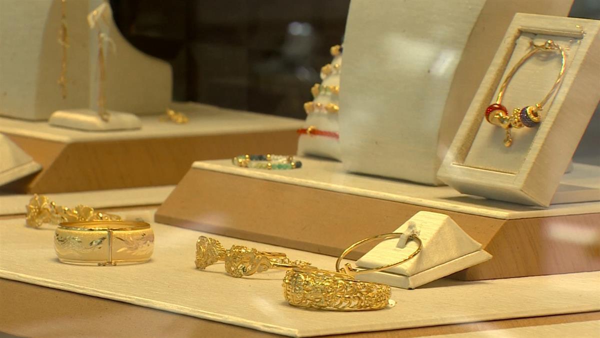 獨/銀樓網路賣場遭鎖定 詐騙集團竊卡盜刷黃金項鍊