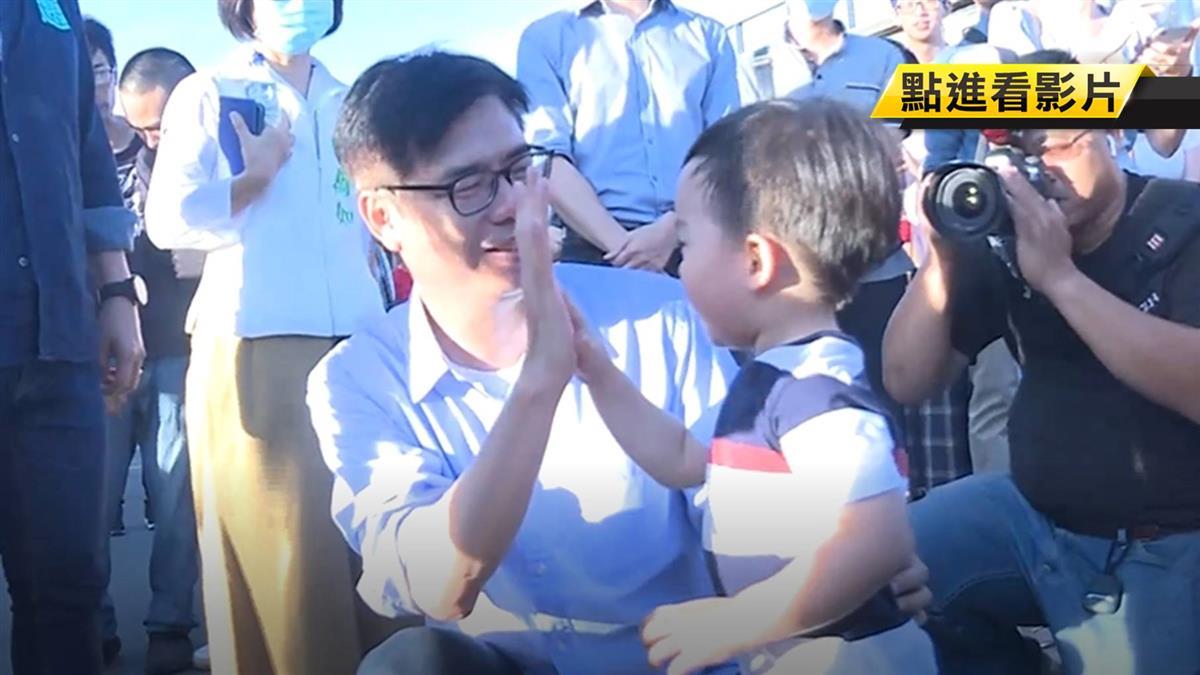 政策控搶攻年輕選票 陳其邁邊賣萌也端政見牛肉