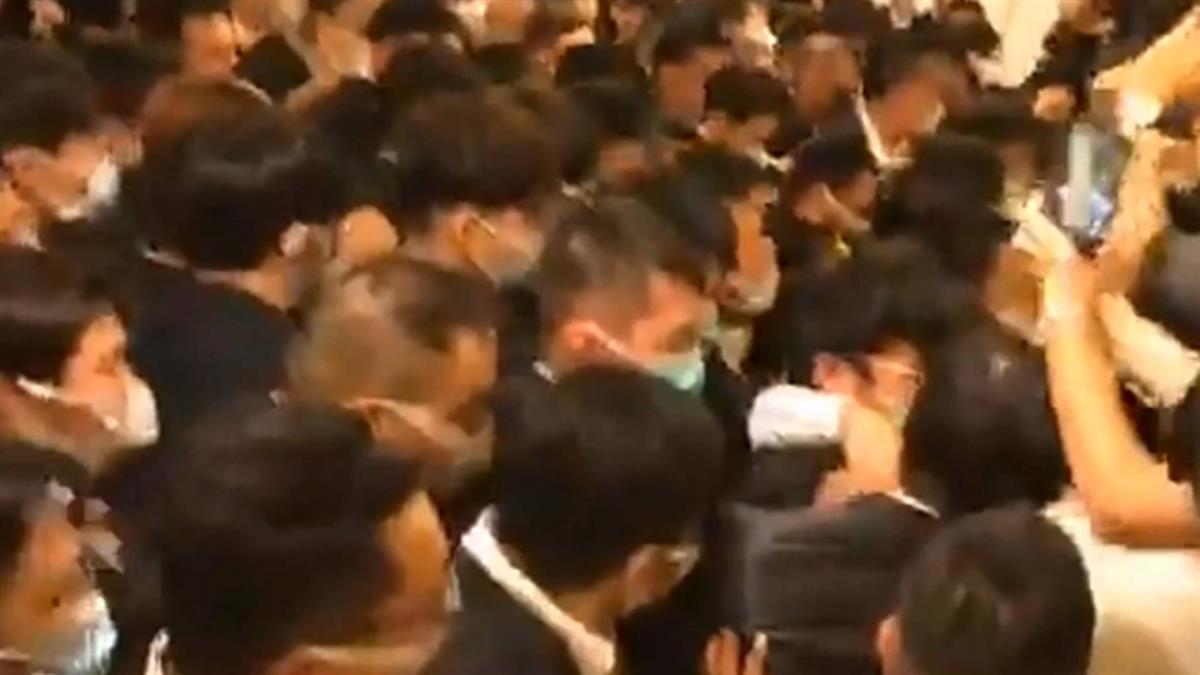 獨 / 亞洲大樓爆債務糾紛!險釀大亂鬥 曝黑衣人派遣內幕
