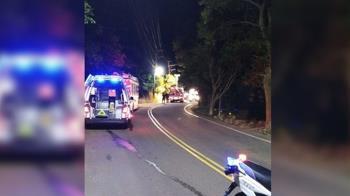 五股觀音山驚傳汽車自撞電桿!20歲女子當場慘死
