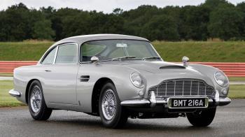 世界上最有名的跑車!Aston Martin DB5 龐德007限定版正式出廠