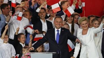 波蘭大選:杜達總統擊敗華沙市長勝選意味著什麼