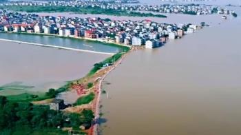 鄱陽湖水域「近10年最大」 網友直擊:恐隨時潰堤