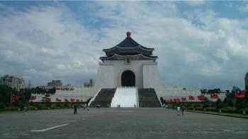 台灣民意調查顯示: 台灣人認同創新高 但維持現狀仍是主流民意