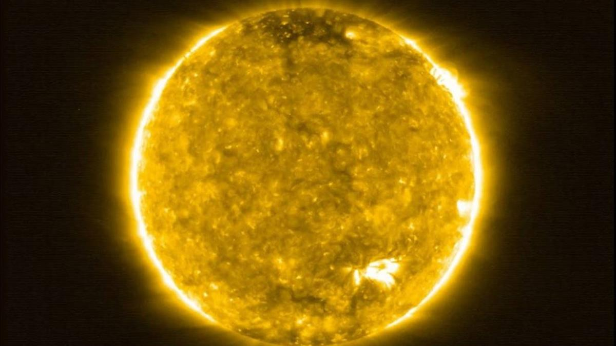 史上最近距離!太陽特寫照 首揭「營火」神秘面紗