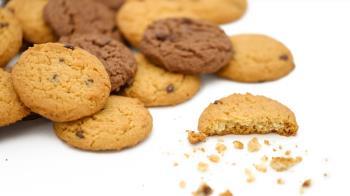國外帶零食回台 6KG以上恐罰300萬!食藥署急澄清